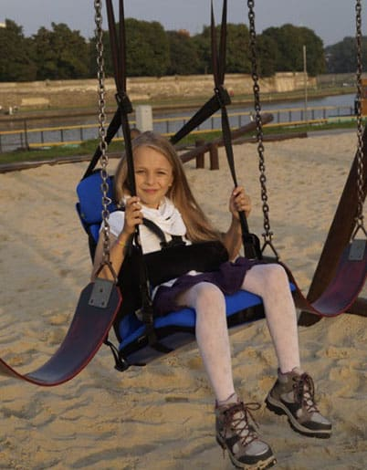 Multiseat Girl Swing Beach
